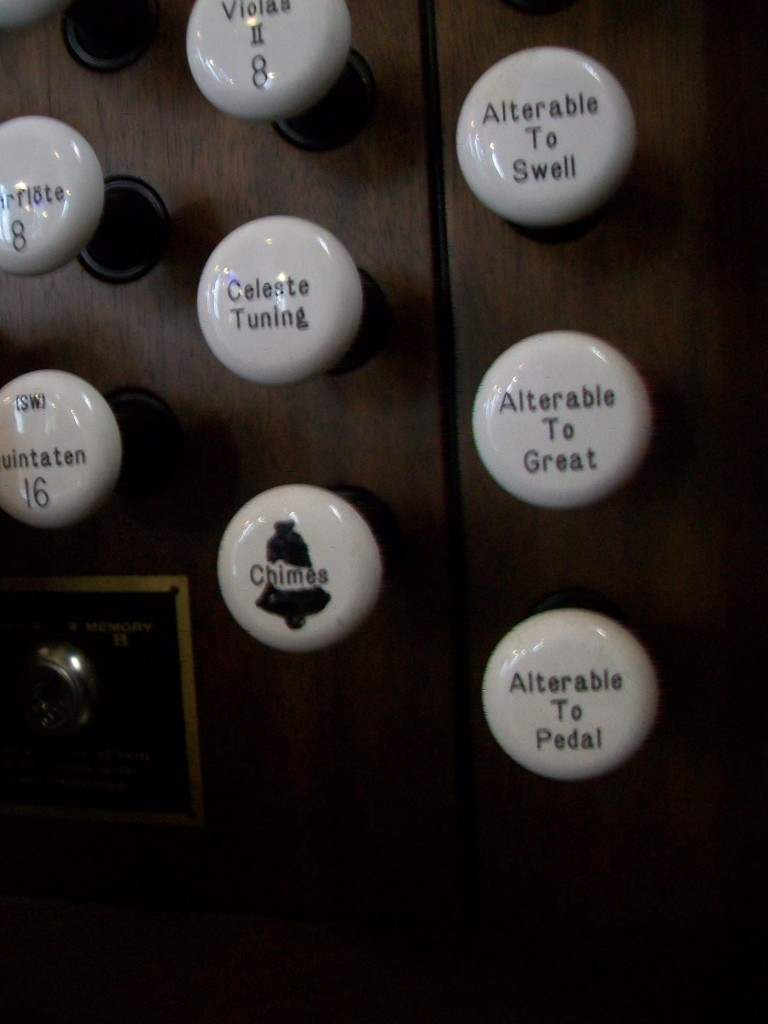 Les cloches de l'orgue de Groslay
