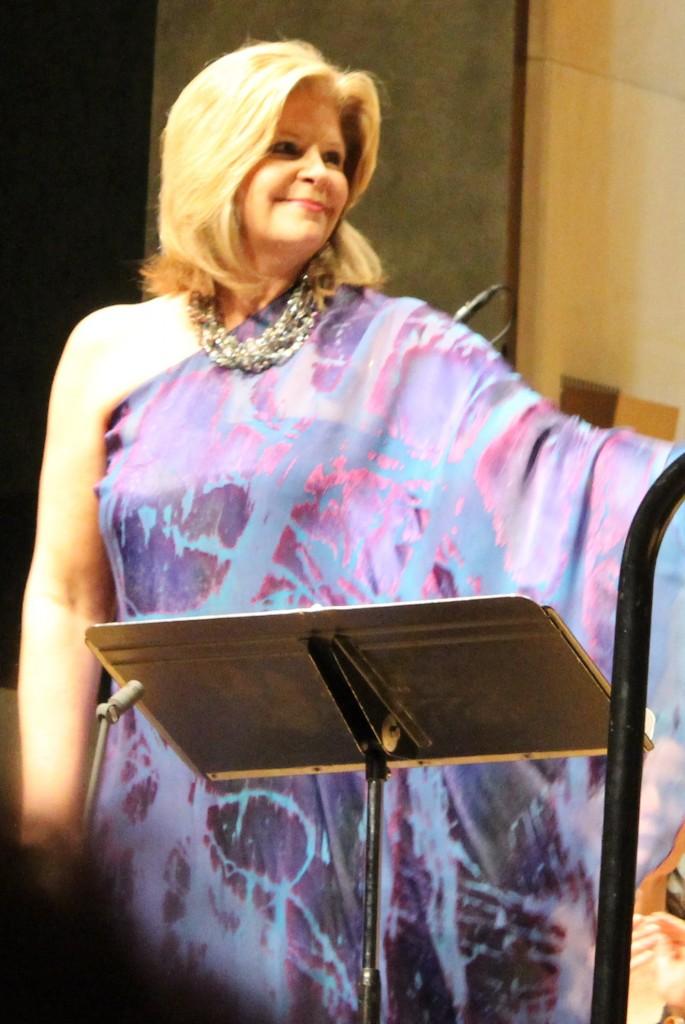Susan Graham, tenue 1. Photo : Josée Novicz.