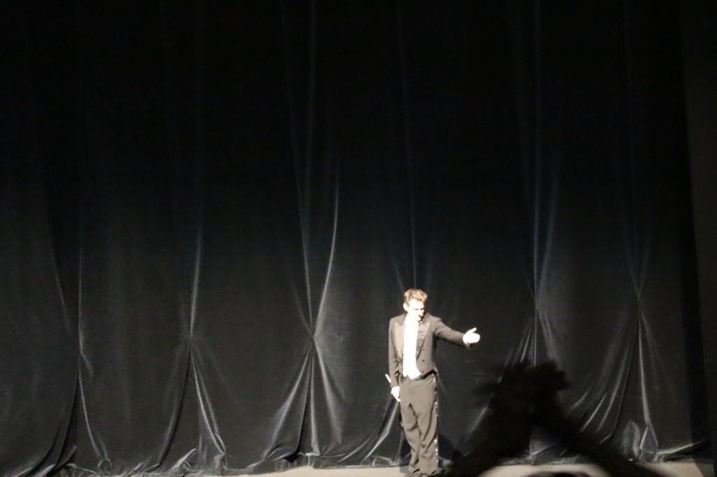 "Philippe Jordan à la fin de ""Tristan und Isolde"". Photo : Josée Novicz."