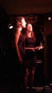Paule-Andrée et Lou-Adriane Cassidy au Limonaire. Photo : Josée Novicz.
