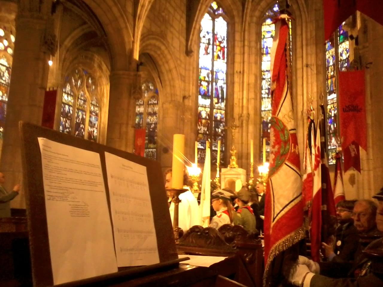 Pèlerinage polonais à Montmorency (29 mai 2016). Ici, pas d'expert pour l'orgue, une vaste arnaque du facteur pour extorquer des fonds aux paroissiens. Mais bon.