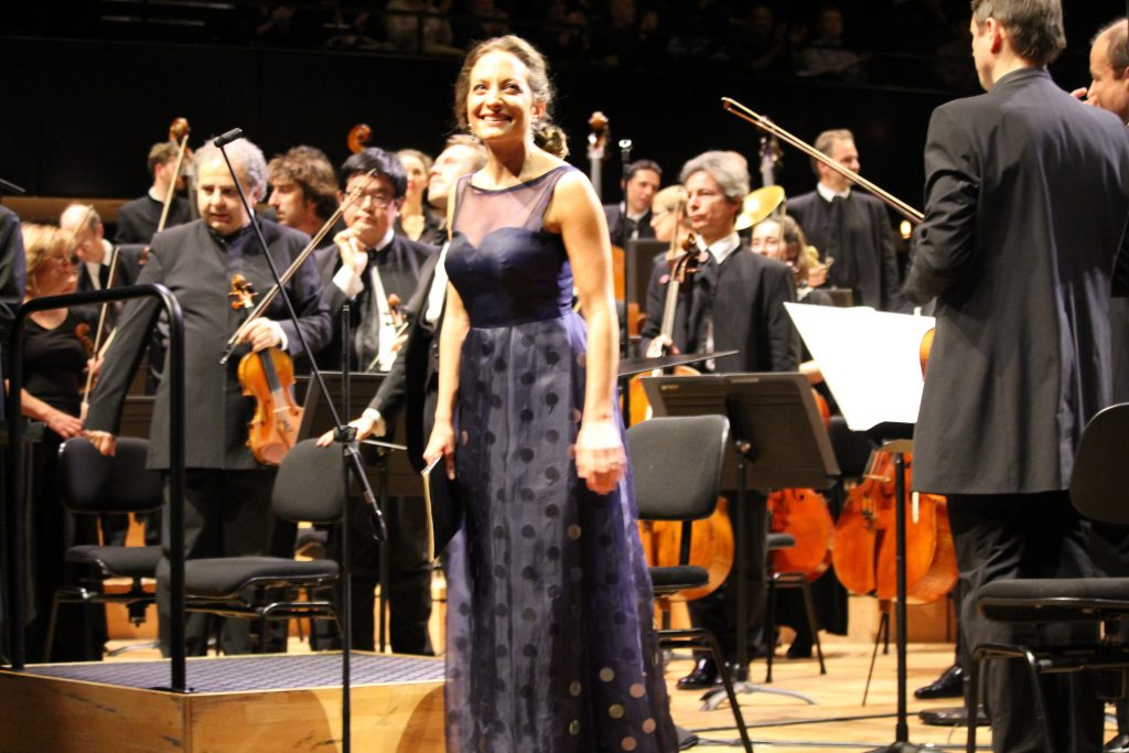 Christiane Karg et l'Orchestre de Paris. PHilharmonie de Paris, 21 décembre 2016. Photo : Bertrand Ferrier.